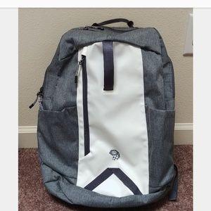 ⚡ NEW Mountain Hardwear 21L Zoan backpack grey
